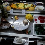 Mousse au Chocolat und Obst