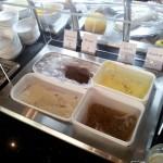 SchokoladeneisVanillieeis Sesameis und Malagaeis